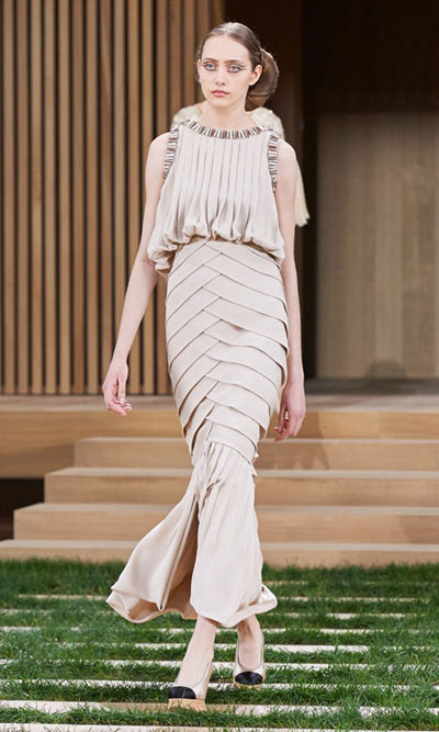 Chanel Haute Couture 2016 Spring Summer Runway Look 14