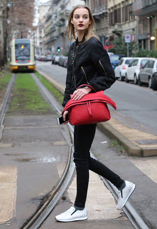 Maartje Verhoef Wearing Tods Wave Bag