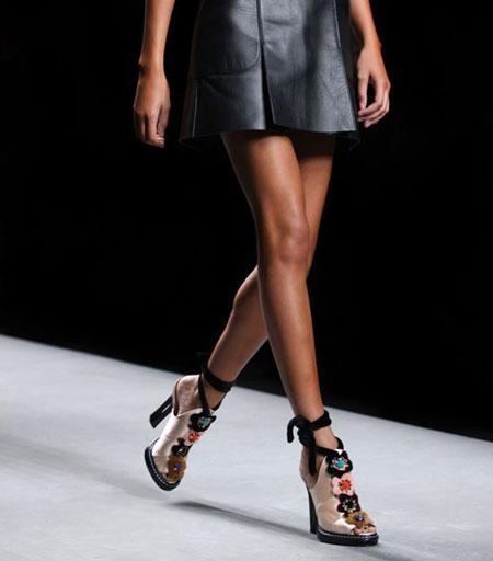 Fendi Fur-Trimmed Python Mule Sandal