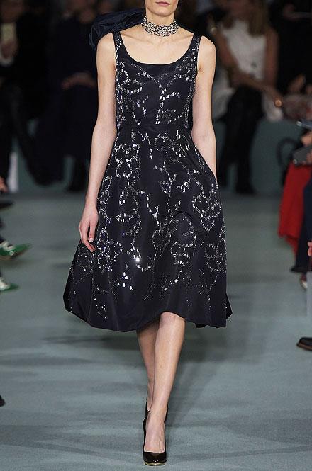 Oscar de la Renta Sleeveless Floral-Embellished Dress