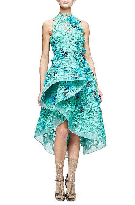 Monique Lhuillier Floral-Embellished Guipure-Lace Dress
