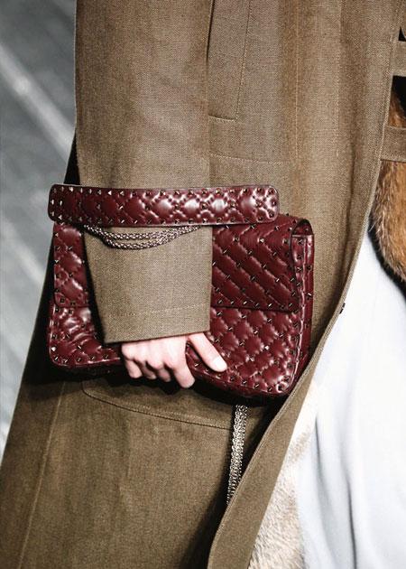 Valentino FW16 Rockstud Medium Matelasse Leather Shoulder Bag