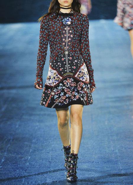 spring-summer-2016-runway-dresses-on-sale-16