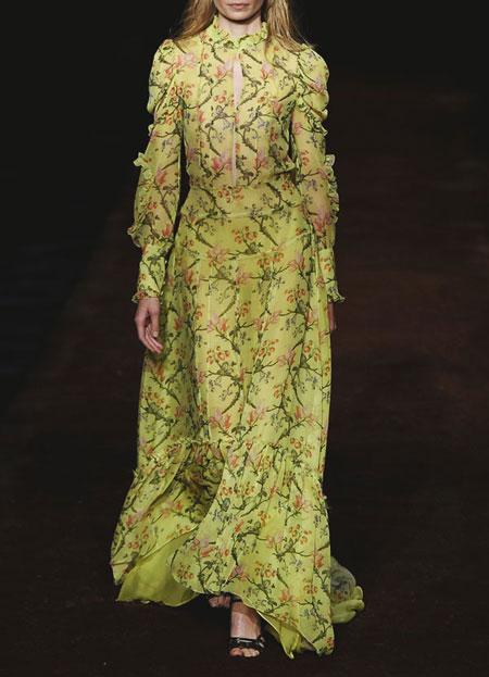 spring-summer-2016-runway-dresses-on-sale-17