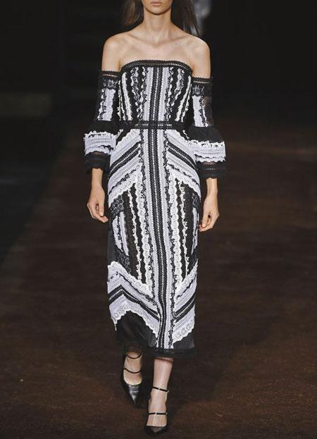 spring-summer-2016-runway-dresses-on-sale-18