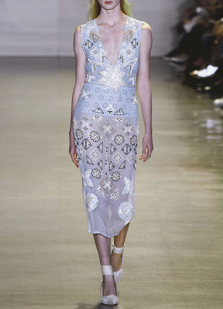spring-summer-2016-runway-dresses-on-sale-25