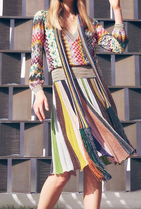 Pleated Midi Skirt Outfit   Lovika
