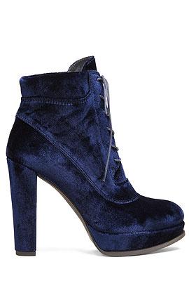 Stuart Weitzman Velvet Ankle Boots #Booties