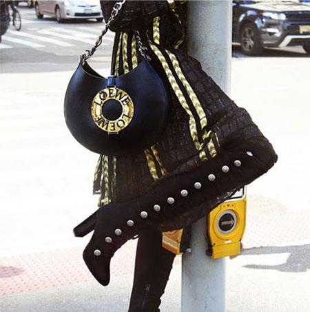 Loewe Joyce Bag Street Style | Lovika.com