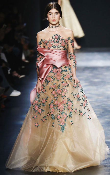 20 Stunning Gowns from Marchesa Fall 2016 Runway   Lovika.com