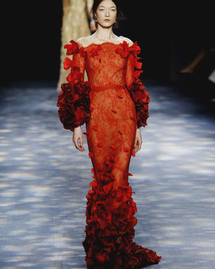 20 Stunning Gowns from Marchesa Fall 2016 Runway