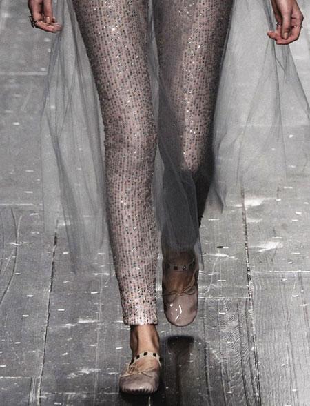 nuovi stili 5aae4 212ac Designer Sale Must-Have: Valentino Ballerina Flats
