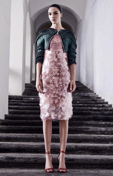 Dress by Givenchy Pre-Spring 2017   Lovika