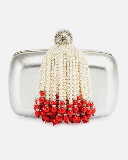 LOVIKA LIST - Roger Vivier pearl tassel evening clutch bag