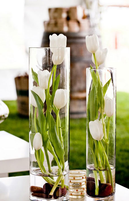 Spring Flower Arrangement Ideas | Lovika #Tulips