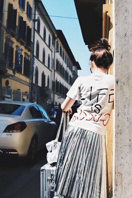 White Graphic T Shirt + Metallic Midi Skirt | Lovika Outfit Ideas #Tee #OOTD