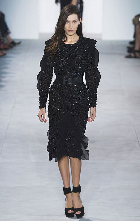 50 Best Black Dresses from Spring-Summer 2017 Runway | Lovika #LBD