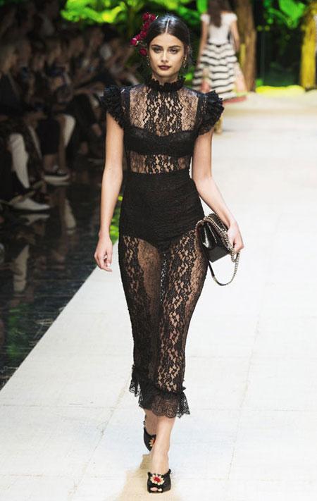 50 Best Black Dresses from Spring-Summer 2017 Runway | Lovika #LBD