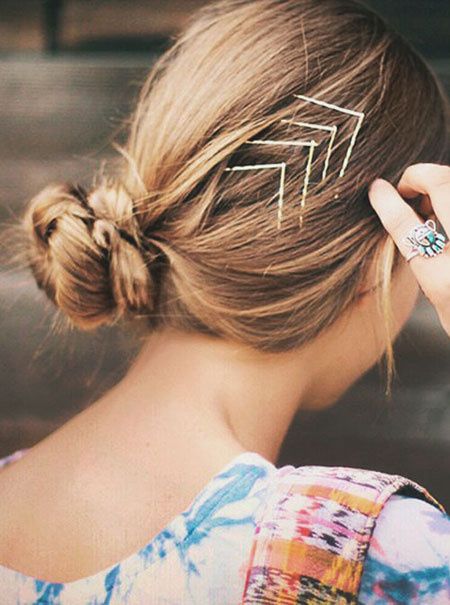 Best bobby pins hairstyles | Lovika #chic #easy