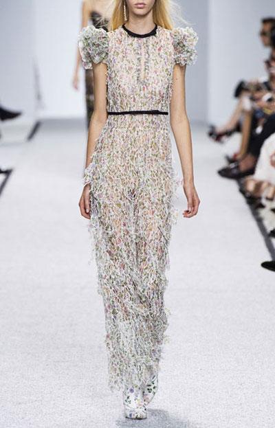 25 Best designer floral dresses | Lovika #runway #ss17