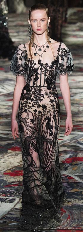 Alexander McQueen Gowns Spring-Summer 2017   Lovika #Runway #SS17