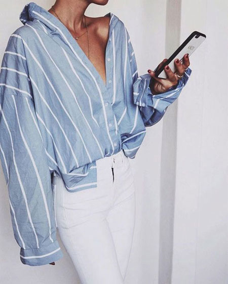 How to wear a denim shirt outfit with jeans in spring and summer   Lovika #OOTD #loose #oversized