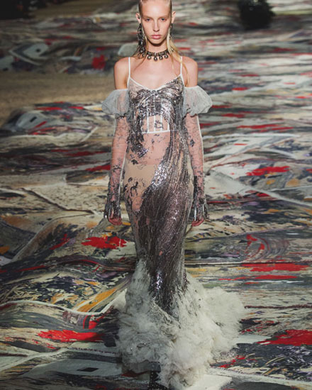 Runway Edit: Walking On a Cloud