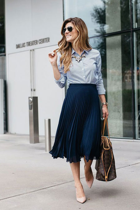 LOVIKA | 25 Chic Business-Casual Work Outfits for Fall #skirts
