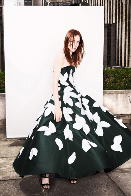 LOVIKA | Oscar de la Renta Spring 2018 lookbook #resort #editorial #evening #gown #dress #floral