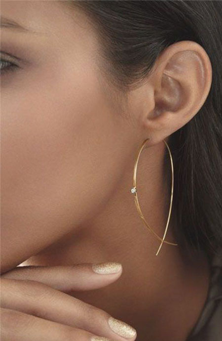 LOVIKA | Style Crush - Delicate hoop earrings #jewelry