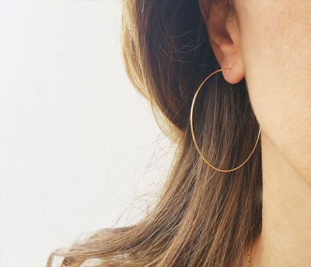 LOVIKA | Style Crush - Delicate hoop earrings #jewelry #gold