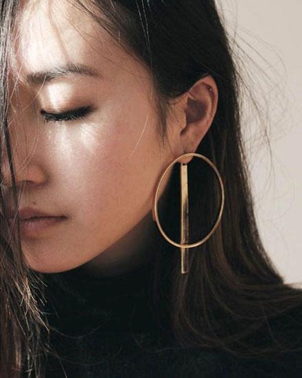 LOVIKA | Style Crush - Delicate hoop earrings #jewelry #gold