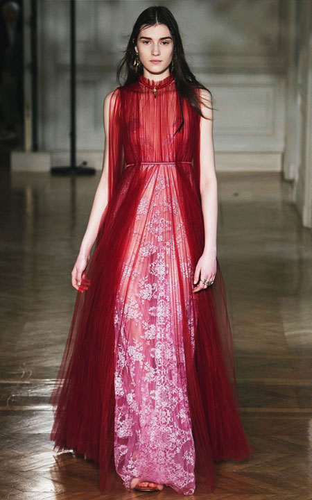 LOVIKA   5 Stunning red evening dresses from Fall-Winter 2017 runway #gowns