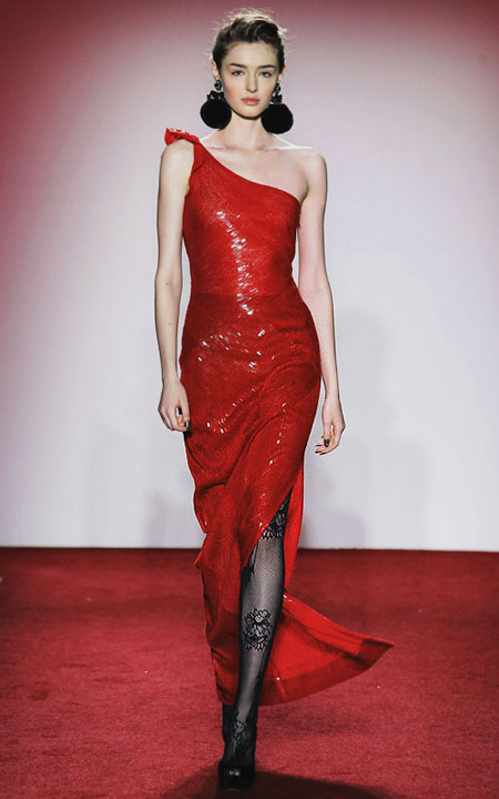 LOVIKA | 5 Stunning red evening dresses from Fall-Winter 2017 runway #gowns
