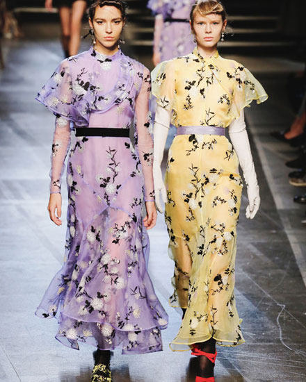 db5de01494 Runway It Report - Erdem floral dresses from Spring-Summer 2018 collection