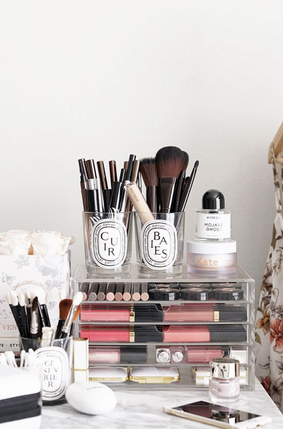 LOVIKA | 40 Decor Ideas to Reuse Your Diptyque Candles Jars - How to recycle and make it stylish #makeup #brushes