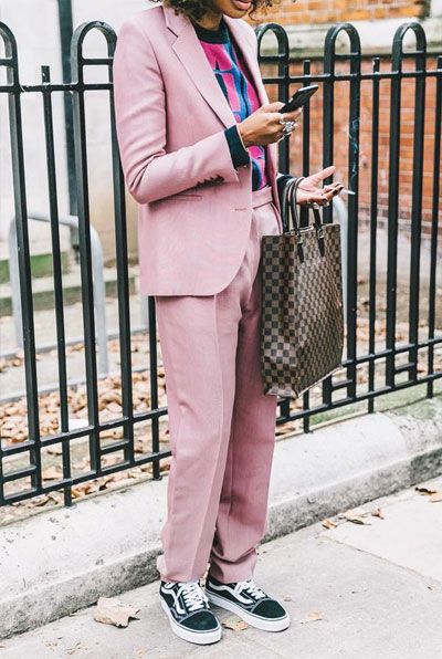 How to wear a pink suit like a hipster | Lovika