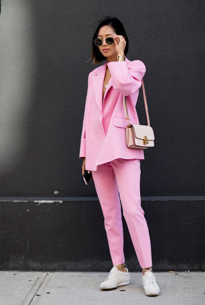 How to wear a pink suit like a hipster   Lovika