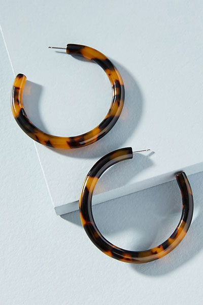 10 Hoop Earrings Your Summer Outfit Needs | Shop at Lovika